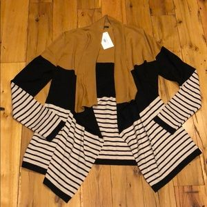 Boutique cardigan sweater size large nwt